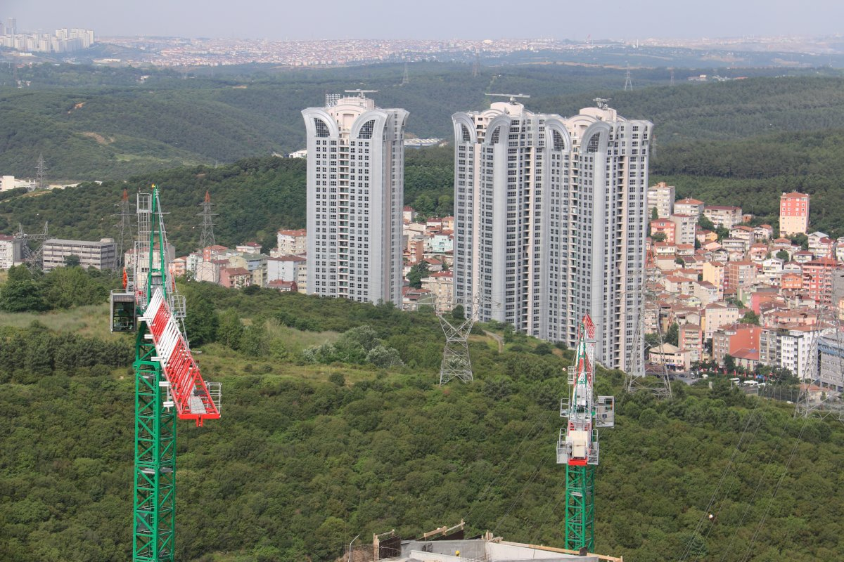 More than 40 JASO tower cranes on Istanbul MASLAK 1453 project